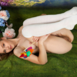 Spankable Snow White - Diaper position